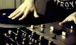 Scrach DJ
